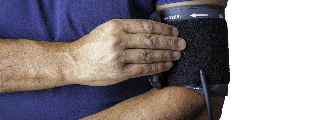 how to improve blood pressure naturally