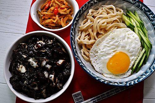 韓国チャジャン麺の作り方