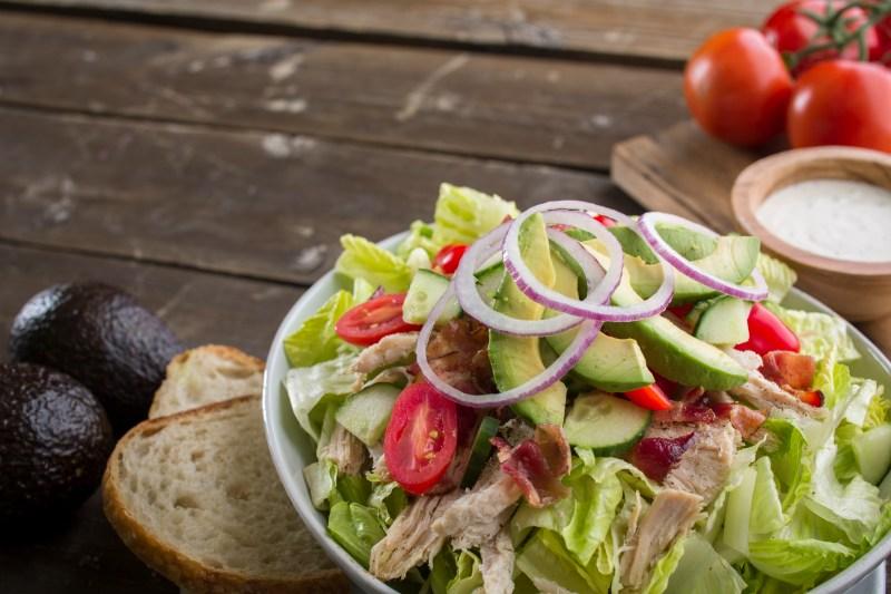 kneaders turkey bacon avocado salad