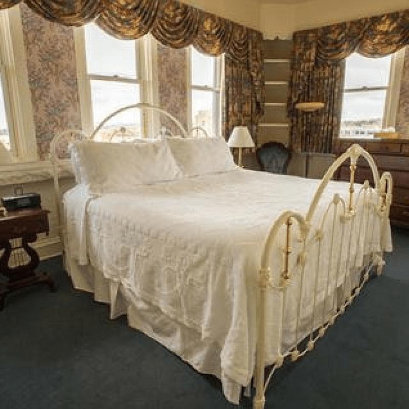 Hotel Boulderado Historical Presidential Suite