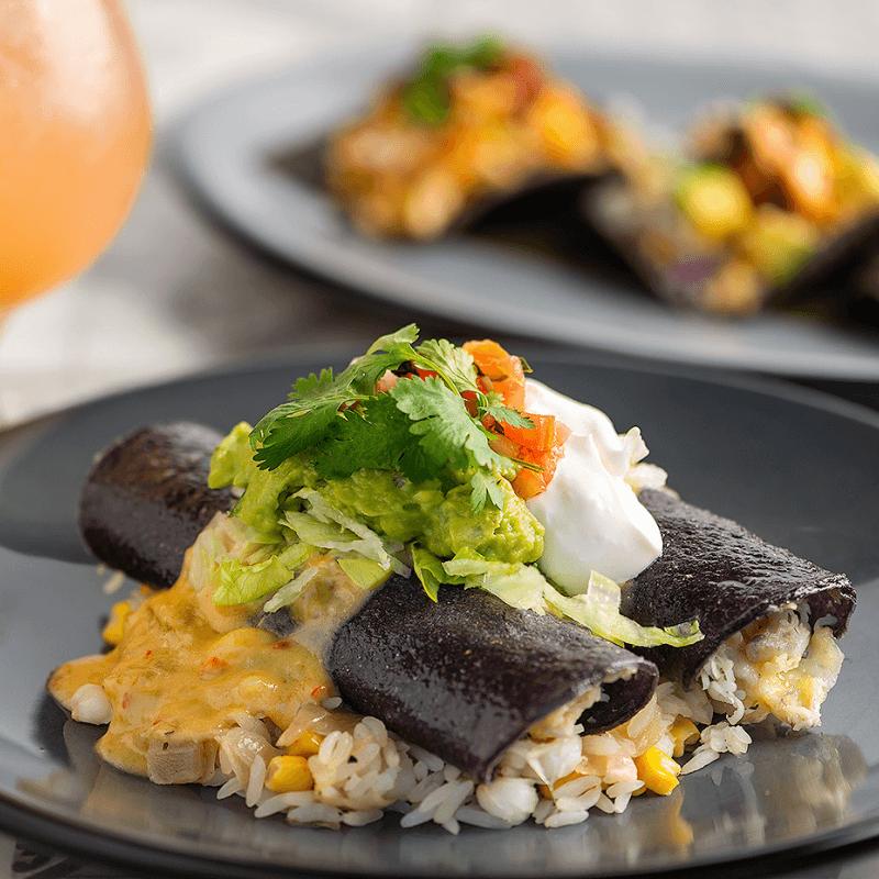 Ladera Taverna y Cocina Valentine's Day Dinner