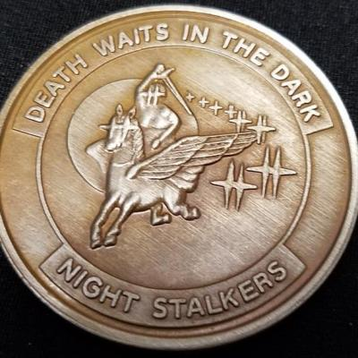 ARSOAC 160th Special Operations Aviation Regiment 160TH SOAR(A) Task Force-160 Death waits in the dark Challenge Coin
