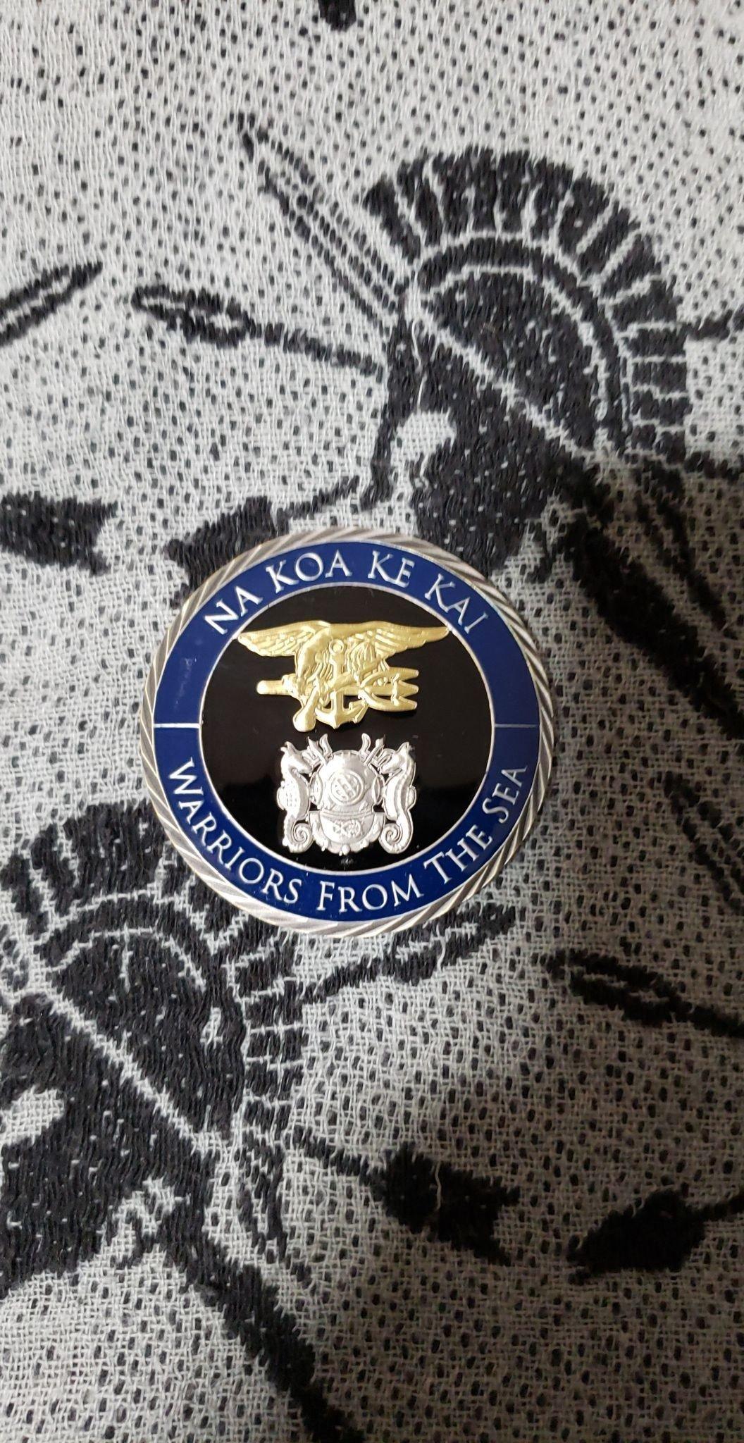 Authentic Rare Seal Delivery Vehicle Team One SDVT-1 Na Koa Ke Kai round seal team challenge coin back