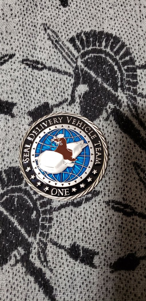 Authentic Rare Seal Delivery Vehicle Team One SDVT-1 Na Koa Ke Kai round seal team challenge coin front