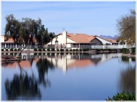 Ventana lakes waterfront homes in Sun City and Peoria offer active adult lake community property
