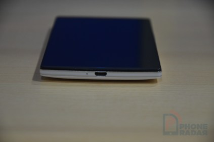 Oppo Find 7 Bottom
