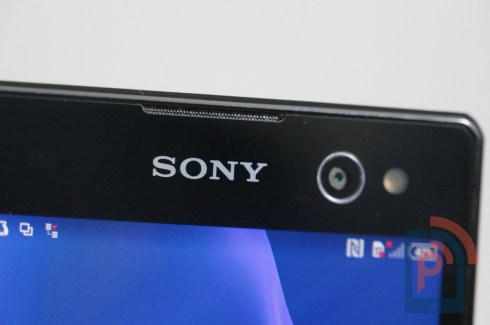 Sony Xperia C3 Front Bottom