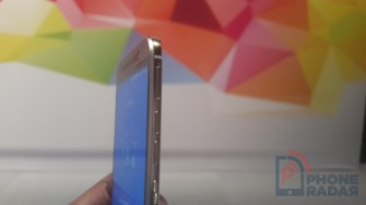 HTC One M9 Hands-on Right