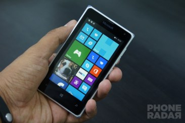 Microsoft Lumia 532 Review Front Hands-on