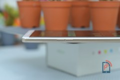 Oppo R7 Plus - Left Edge