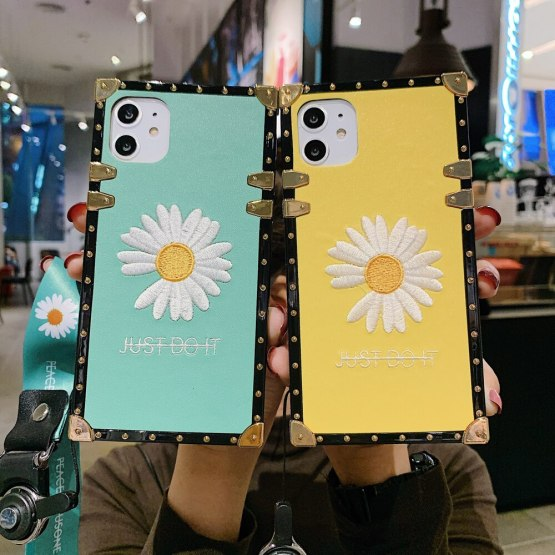 Luxury Sunlight Small Daisy Patterned Mobile Phone Case for Apple Iphone 11 Pro Max Plus Se 2 Xr Xs X 8 7 6s 6 7Plus Funda Cover