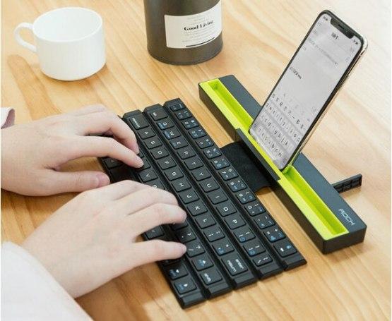 64 Keys Reel Mini Foldable Keyboard Foldable Wireless
