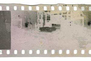 ビネガーシンドロームにより画像が融解したフィルム