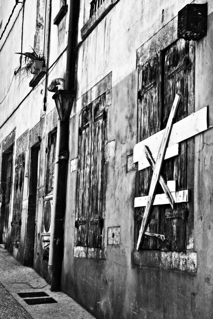 rue noir et blanc