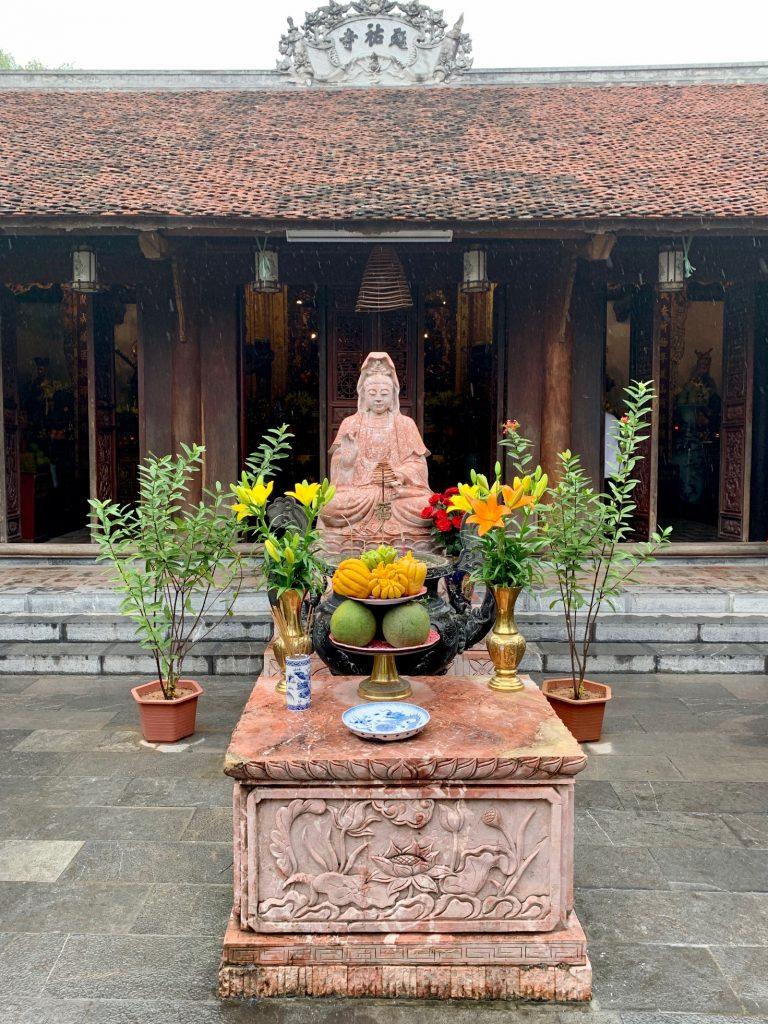 Dien Huu Pagoda, Hanoi, Vietnam ©2019, Cyndie Burkhardt.