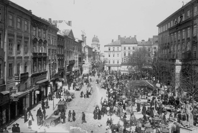 Львів, Площа Ринок, фото початку ХХ століття