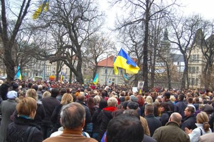Фотографія з мітингу приватних підприємців 4 листопада 2010 року у Львові на площі біля Обласної ради проти нового податкового кодексу України