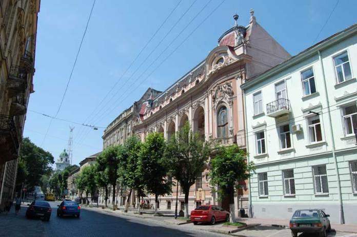 Сучасний Львівський будинок вчених на вулиці Листопадового Чину, 6, колишнє народне казино.
