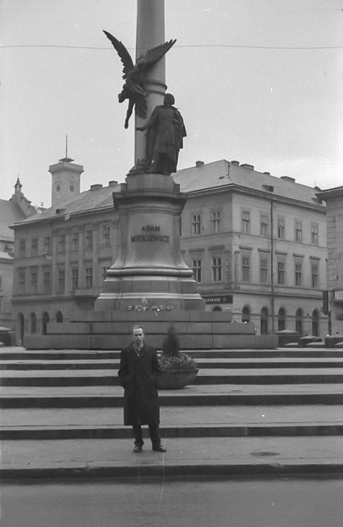 Львів, пам'ятник Адаму Міцкевичу, 1964 рік
