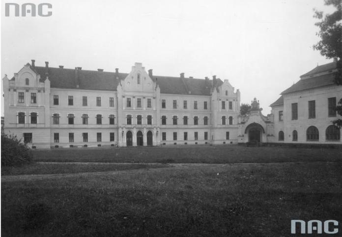 Інтернат Львівської політехніки у Дублянах, 1934