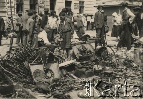 1931-1935. На ринку. Металобрухт