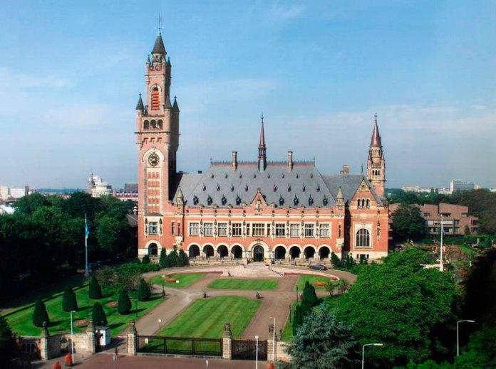 Палац Миру – офіційна резиденція міжнародного суду ООН