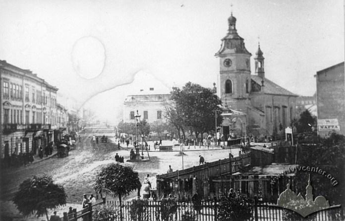 Церква Св. Анни  у Львові, фото 1895-1900 років