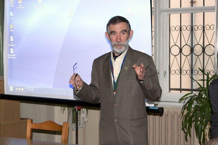 Директор Львівської обласної універсальної наукової бібліотеки, Іван Сварник