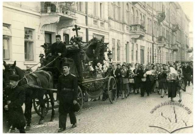 Кондукт у Львові радянських часів. Фото 1950-х років