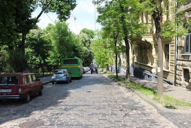 Сучасний вигляд вулиці Соломії Крушельницької у Львові