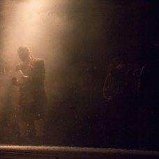 Сцена з вистави «Зерносховище»