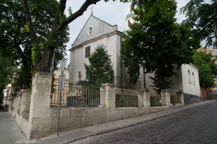 Церква св. Миколая.