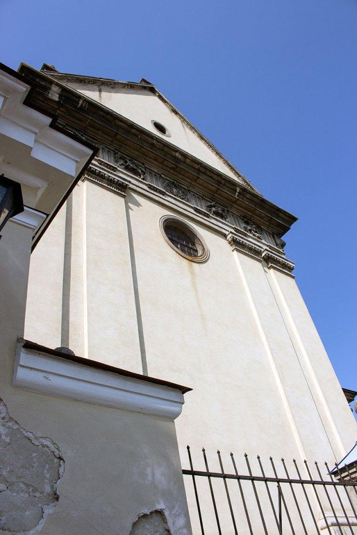 Екстер'єр костелу Святого Лаврентія в Жовкві