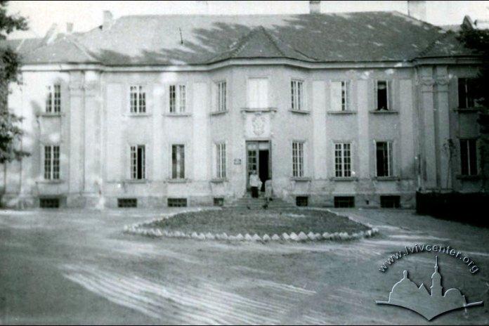 Обласна державна бібліотека. Палац Бєсядецьких. Фото 1963 року.