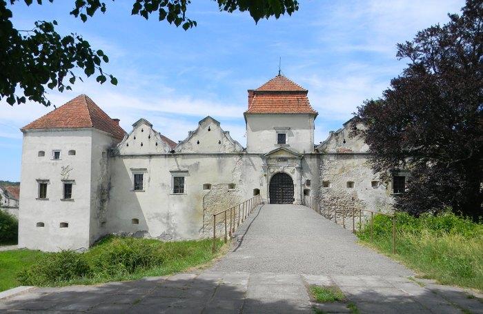 Свірзський замок, фото 2015 року