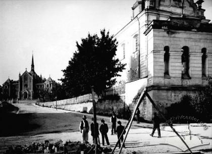 Костел святого Антонія, 1900-1914 роки