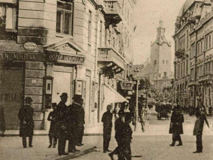 Вулиця Ягеллонська на розі з Рейтана (нині - Леся Курбаса). Фрагмент поштівки початку XX сторіччя
