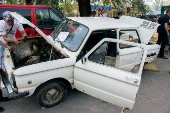 """Автомобіль """"Запорожець"""" для розбирання"""