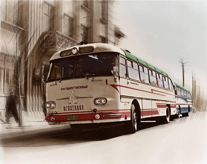 ЛАЗ 699 «Карпати»