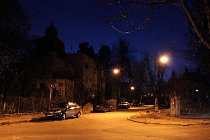 Вулиця Івана Труша у Львові вночі