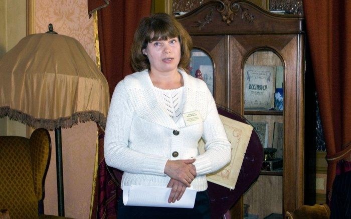Наталія Коцюбинська, заступник директора Чернігівського літературно-меморіального музею-заповідника Михайла Коцюбинського