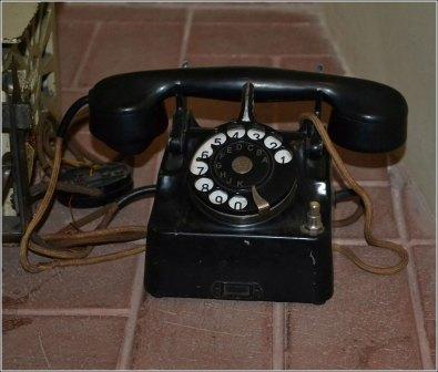 Старовинні телефонні апарати в відділі Львівського історичного музею на Площі Ринок, 2. Фото Тетяна Жернова 2016р