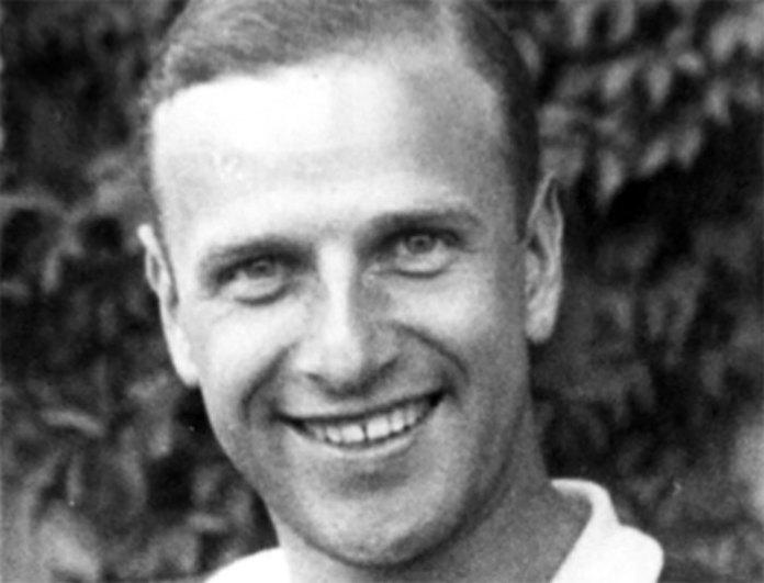 Засновник «Ябцьо-Джазу» Леонід Яблонський, 1942 р. виїхав із родиною до Чехії, 1948-го емігрував до Аргентини, а згодом переїхав у Канаду (помер 1966 року).