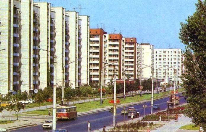 Вулиця Артема (Володимира Великого) після забудови. Фото 1970-1980-х рр.