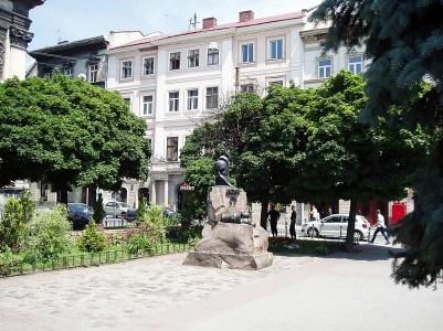 Площа І. Підкови, де знаходився шпиталь і костел Св. Духа