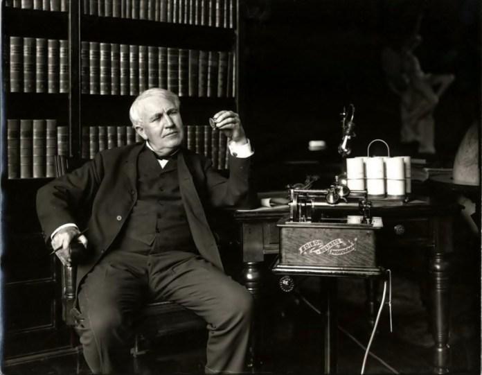 Відкриття Томаса Едісона подарувало глядачам кіно із звуковим супроводом