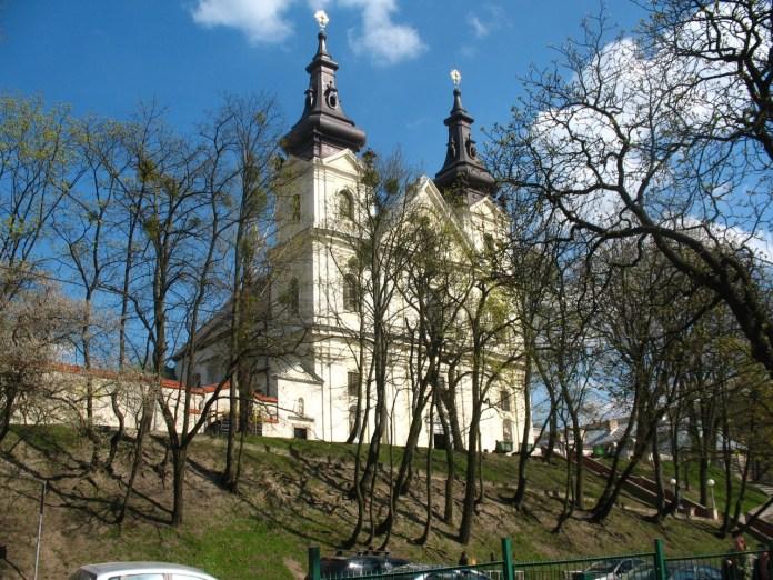 Костел кармелітів босих (церква Михаїла). Сучасне фото