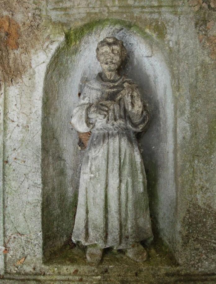 Зображення Св. Франциска Асизького на кубі-капличці з колони Сикстів. Сучасне фото. Автор: Д.Каднічанський