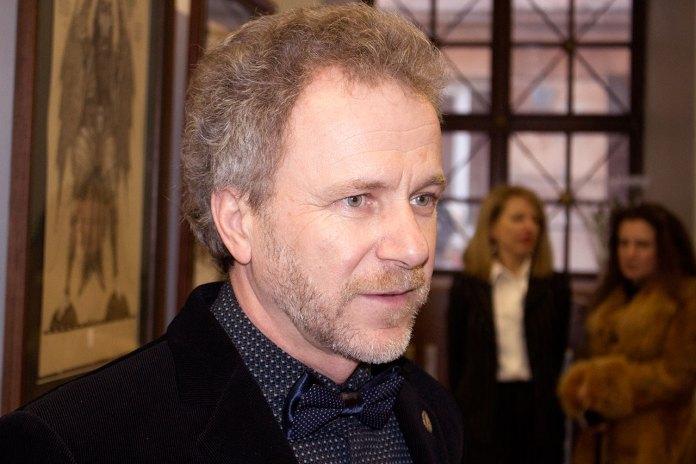 Олег Денисенко на відкритті своєї виставки