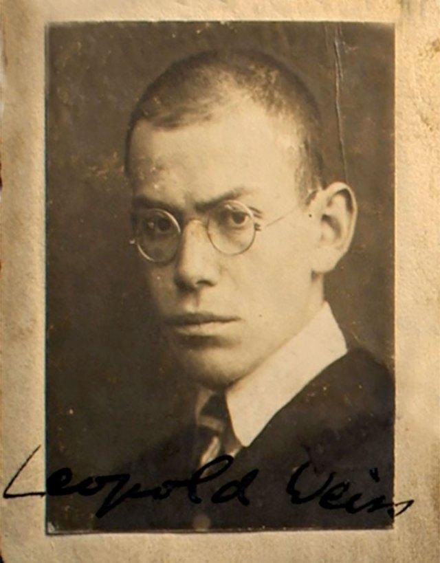 Леопольд Вайс замолоду